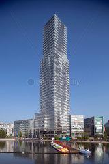 Koeln  Deutschland  MediaPark 8 mit dem Koeln-Turm