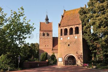 Bad Zwischenahn  Deutschland  St.-Johannes-Kirche am Marktplatz