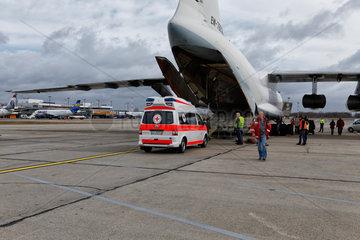 Schoenefeld  Deutschland  DRK-Hilfsflug Ukraine