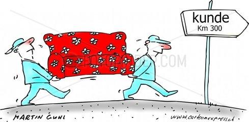 Spediteure tragen rotes Sofa