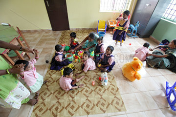 Mettupalayam  Indien  Kinder im Life Help Centre for the Handicapped