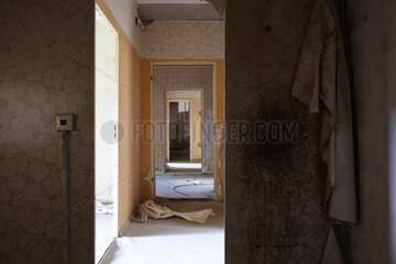 Gross Doelln  Deutschland  leerstehende Wohnung auf dem Gelaende des Flugplatz Templin