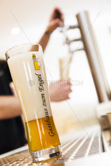 Bier frisch gezapft