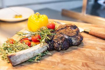 American Ribeye Tomahawk Steak