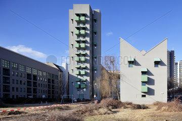 Berlin  Deutschland  Wohnanlage mit Atelierturm
