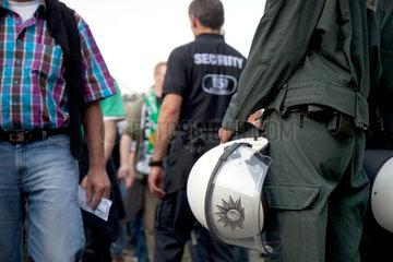 Muenster  Deutschland  Polizeieinsatz im Fussballstadion