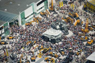 Muenchen  Deutschland  Luftaufnahme der BAUMA in Muenchen