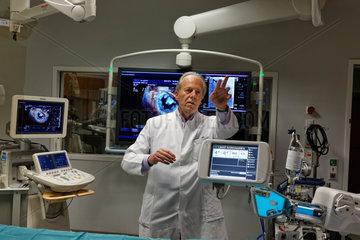 Berlin  Deutschland  Prof. Dr. Dietrich Andresen  Chefarzt des Vivantes Klinikum Am Urban  im Hybrid-OP
