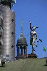 Hamburg  Deutschland  Hermes-Statue