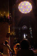 Palma  Spanien  Kirchenfenster in der Kathedrale La Seu in Palma de Mallorca