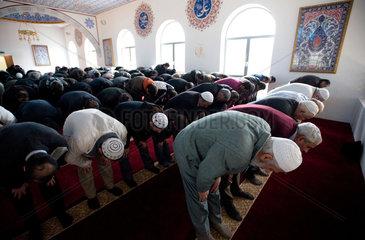 Duisburg  Deutschland  Freitagsgebet in der Ditib-Merkez-Moschee