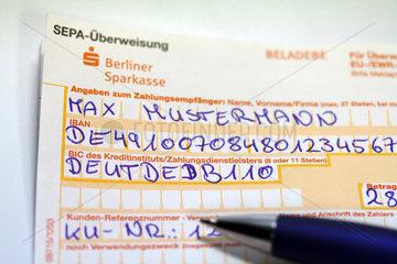 Berlin  Deutschland  SEPA-Ueberweisungsschein
