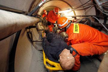 Castrop-Rauxel  Deutschland  Tunnelrettungsuebung