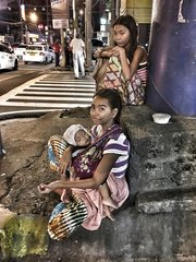 Bajao Seezigeuner auf der Flucht - Leben auf der Strasse