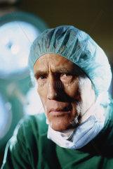 Hamburg  Deutschland  Chirurg im Portraet