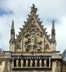 Reims  Frankreich  Fassadendetail der Kathedrale Notre-Dame von Reims