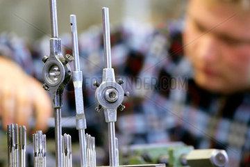 Handwerksbildungszentrum Bielefeld  Ausbildung Metallbau