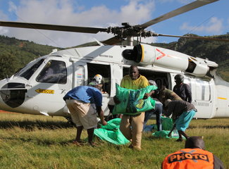 ZIMBABWE-MANICALAND-CYCLONE IDAI-FOOD AID