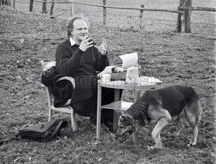 "Prof. Ulrich Beck  Soziologe  Buchautor Risikogesellschaft""  1987"