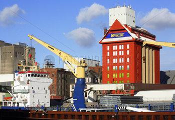 Bremer Holz und Fabrikenhafen