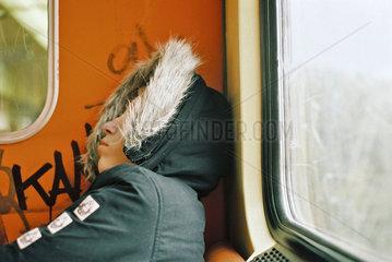 Schlaefchen in der S-Bahn