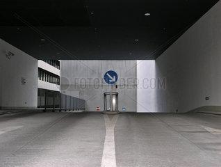 Rechts fahren - Symbolbild