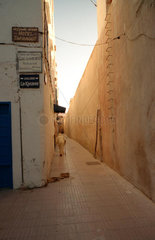Essaouira Mann in Gasse