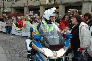 Verdi Demonsration gegen Sparmassnahmen in Hamburg
