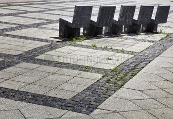 Sitzplaetze aus Beton