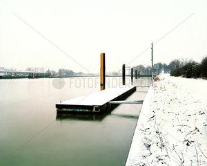 Ponton am Rhein-Herne-Kanal