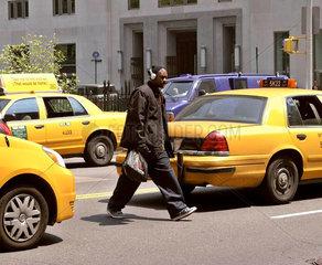 Passant  Manhattan New York City