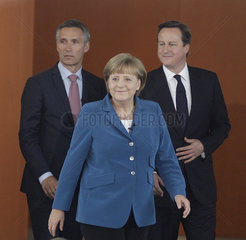 Merkel meets Cameron and Stoltenberg