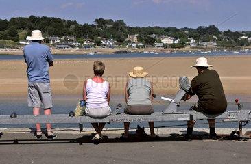 Besinnlicher Blick auf Camel River  Padstow  Cornwall  England