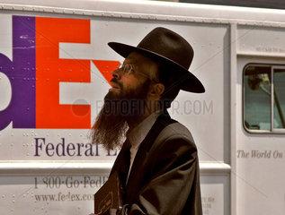 Juedischer Passant  Manhattan New York City