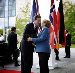 Merkel meets Cameron and Stoltenberg