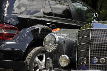 Mercedes Oldtimer 50er Jahre und ML 2008