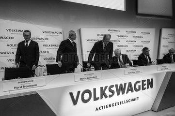 Neumann + Winterkorn + Poetsch + Mueller + Garcia Sanz + Klingler