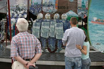 Installation von Andreas Siekmann zum Thema Die Exklusive.