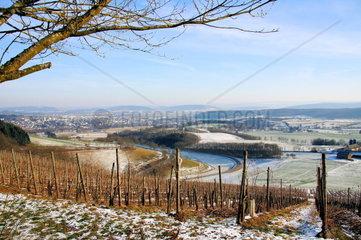 Wittlicher Senke mit der Stadt Wittlich im Winter