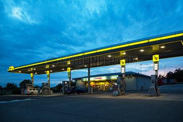 Brodetz  Tschechien  Tankstelle der Marke AGIP