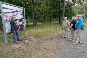 Rasdorf  Deutschland  Fuehrung durch die Gedenkstaette Point Alpha