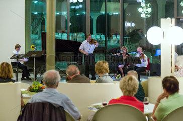 Badenweiler  Deutschland  Abendkonzert im Kurhaus Badenweiler