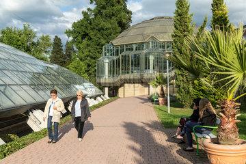Badenweiler  Deutschland  Roemerbadruine Badenweiler im Kurpark