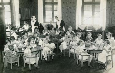 Evangelisches Kinderheim  Hamborn  1936