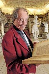 Prof. Wilfried Stroh  Lateinexperte  Dombibliothek Freising  2008