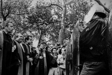 FRANCE - PARIS - MAY 1983 STUDENTS PROTESTS