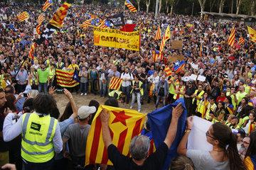Girona  Katalonien  Spanien - Demonstration fuer die Unabhaengigkeit