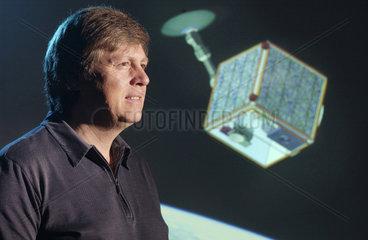 Prof. Ulrich Walter  ehemaliger Astronaut  2004