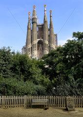 Sagrada Família mit Parkbank