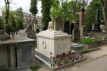Lemberg  Ukraine  Grab von Gabryela Zapolska auf dem Lytschakiwski-Friedhof